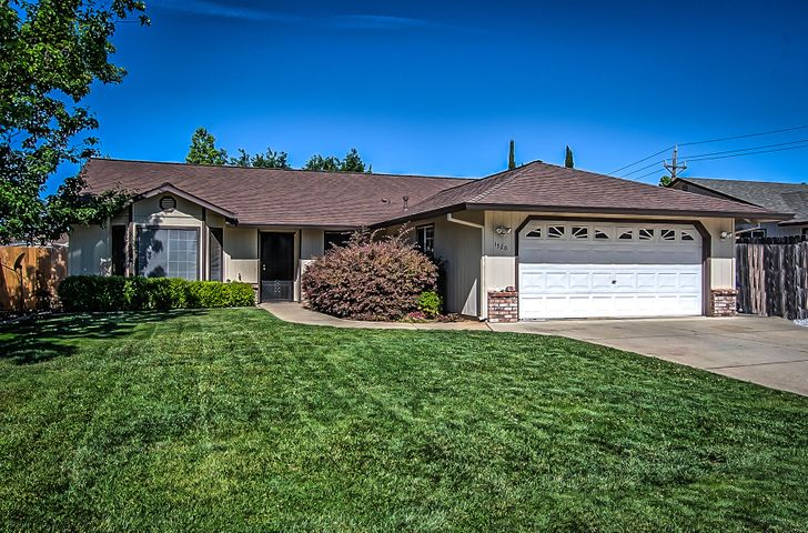 1520 Purple Way, Redding, CA 96003