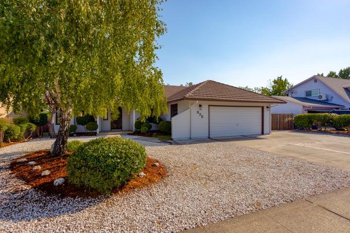 375 Rosewood Drive, Redding, CA 96003