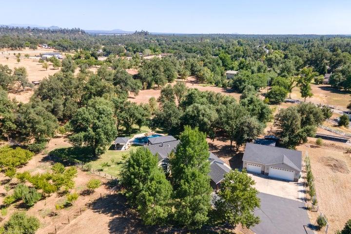 22345 Mattison Ln, Palo Cedro, CA 96073