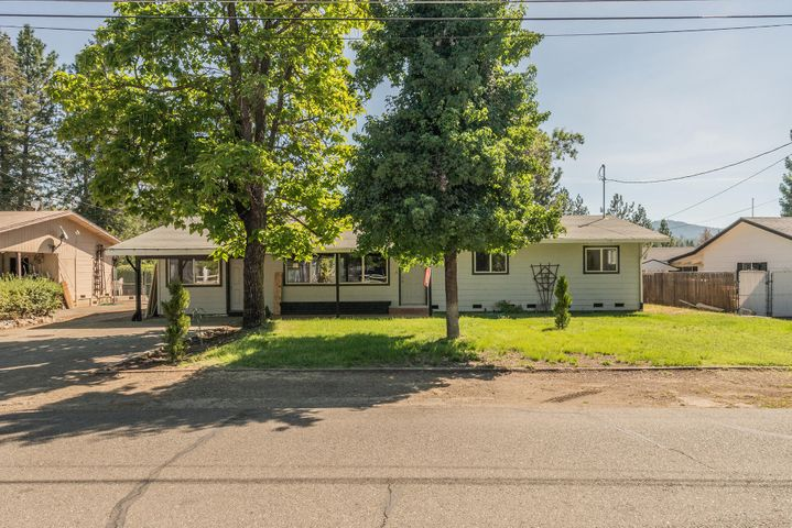 238 Easter Ave, Weaverville, CA 96091