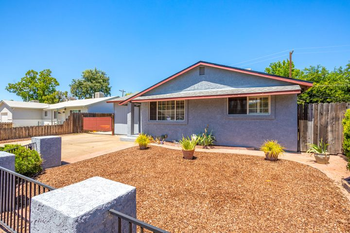 2092 Jupiter Ter, Redding, CA 96002