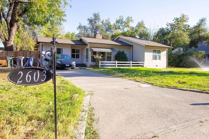 2603 Freebridge St, Redding, CA 96001