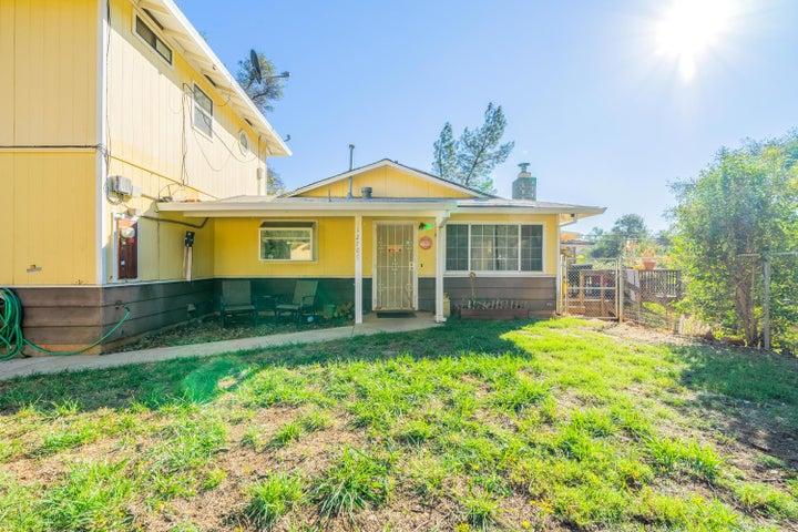 12709 Williamson Rd, Redding, CA 96003