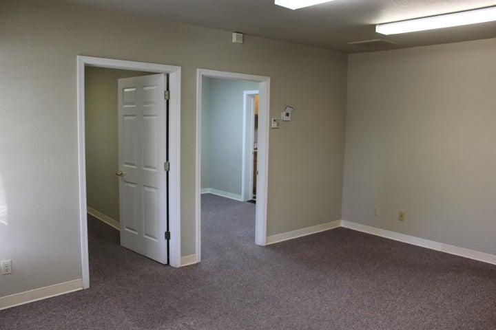 916 E. Cypress Ave., Suite 200, Redding, CA 96002