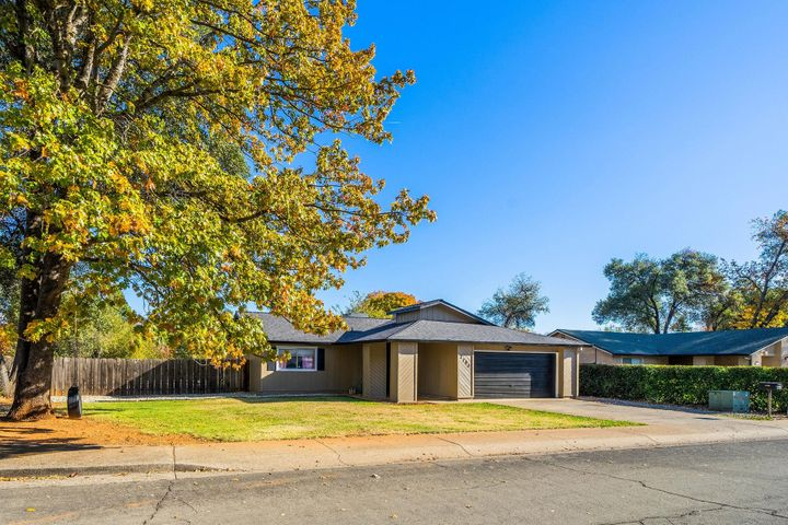 3703 Harrow Ct, Redding, CA 96002