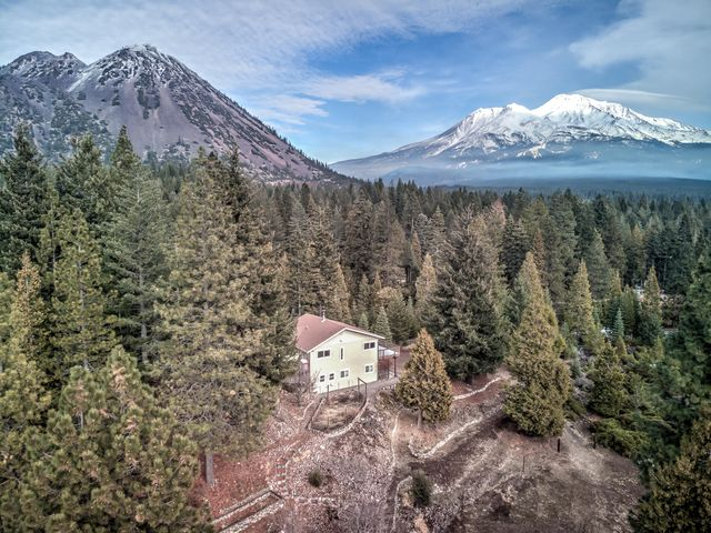 3409 N Old Stage Rd, Mt. Shasta, CA 96067-9101