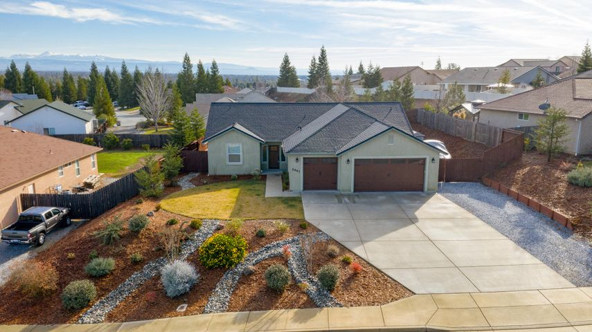 2993 Chaucer Way, Shasta Lake, CA 96019