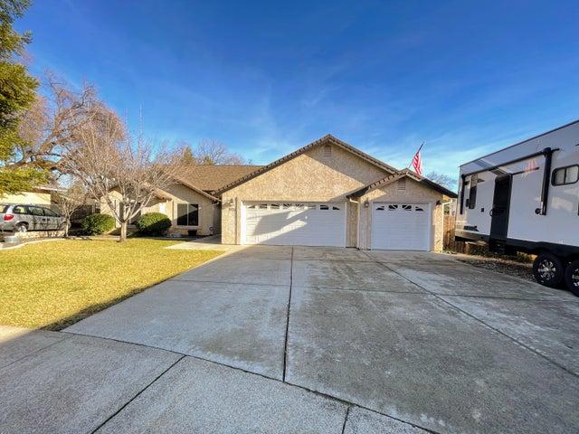 3121 Dartford Dr, Shasta Lake, CA 96019
