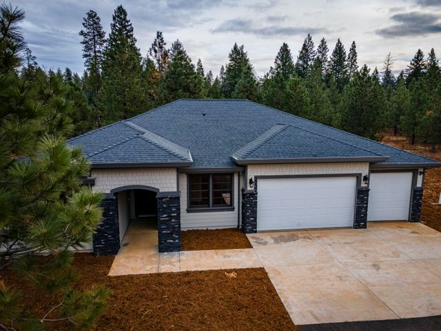 7737 Princess Pine Pl, Shingletown, CA 96088