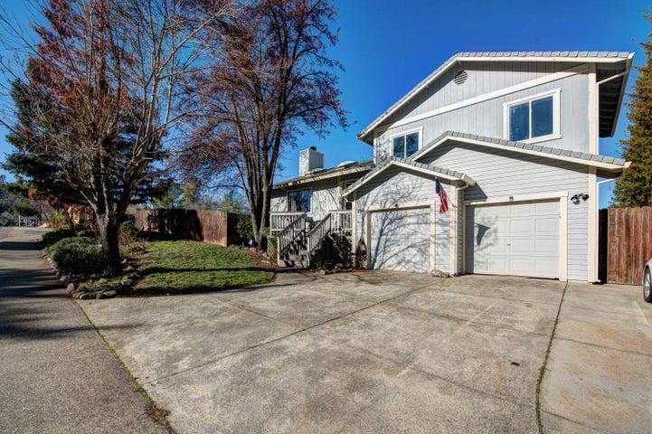 1948 Oconner Ave, Redding, CA 96001