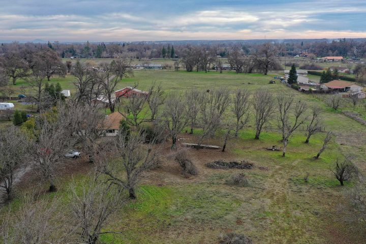 6454 Churn Creek Rd, Redding, CA 96002