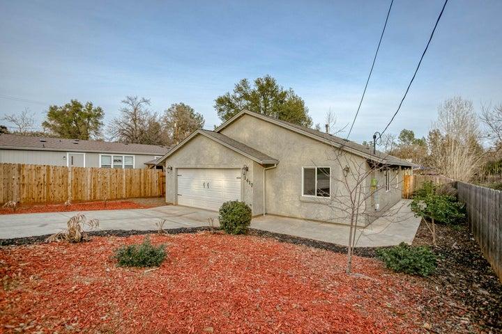 1417 Montana Ave, Shasta Lake, CA 96019