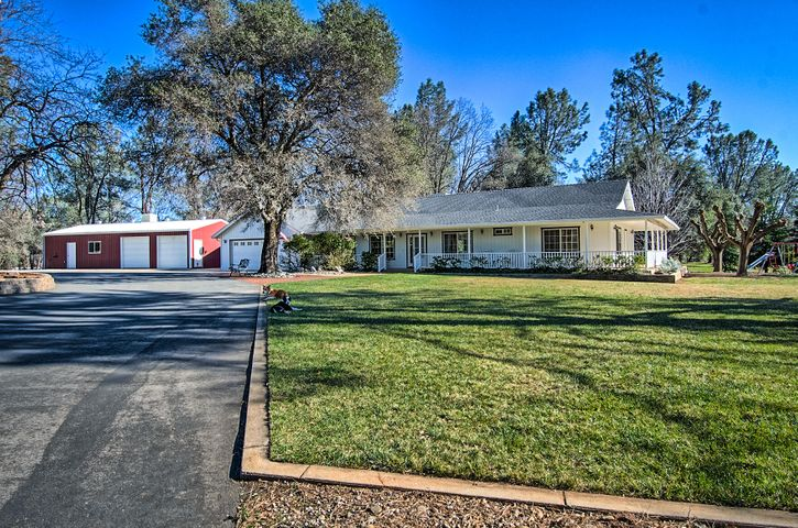 12465 Maria Dr, Redding, CA 96003