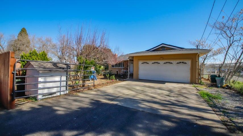 7441 Pacheco Rd, Redding, CA 96002