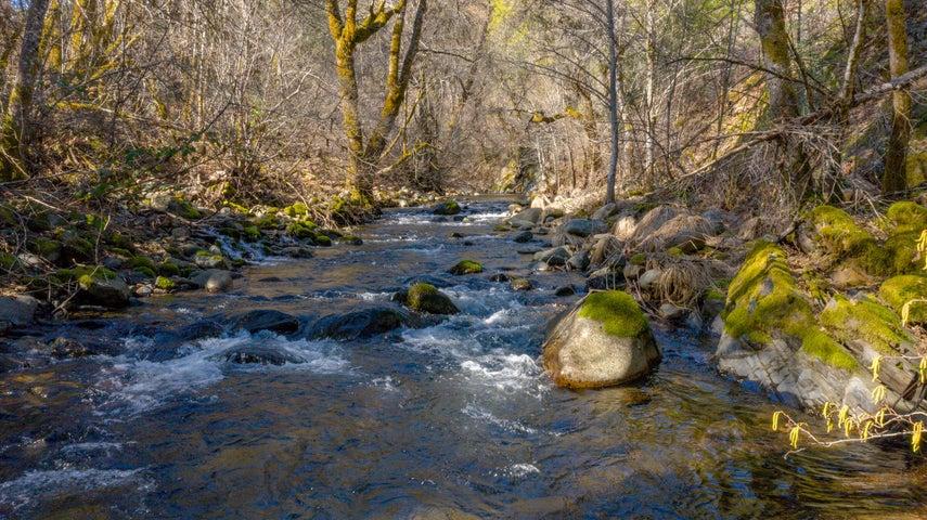 Dog Creek Rd, 019-400-063, Lakehead, CA 96051