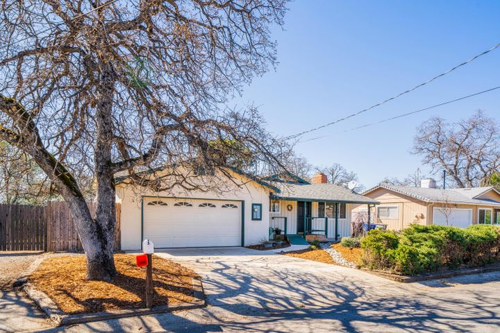 4710 Enchanted Way, Redding, CA 96001