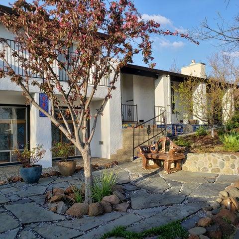 680 Estate St, Redding, CA 96002