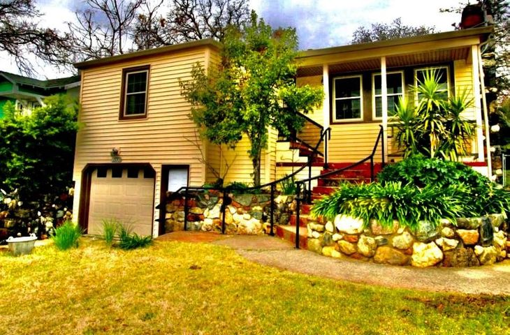 1570 Fig Ave, Redding, CA 96001