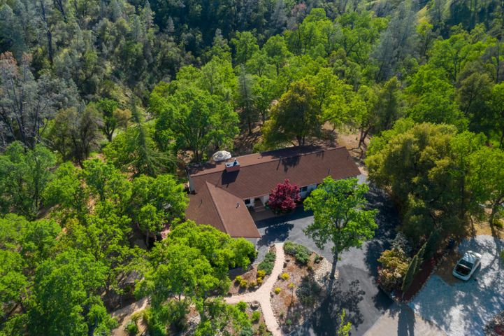 7777 Justice Mine Rd, Redding, CA 96001