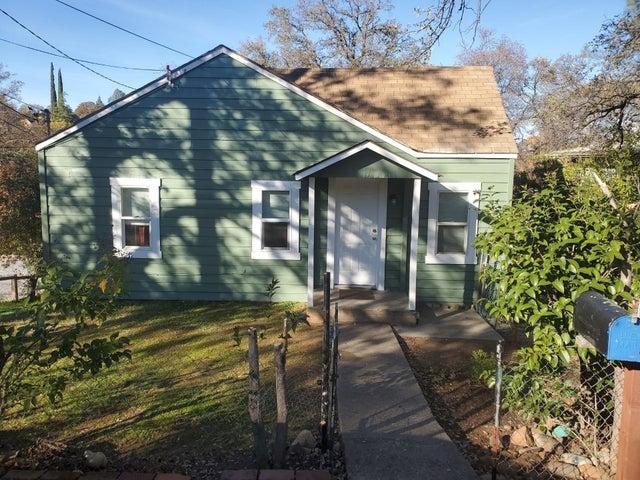 2512 Butte St, Redding, CA 96001
