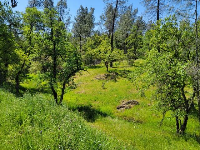 4 acres Thompson Lane, Redding, CA 96001