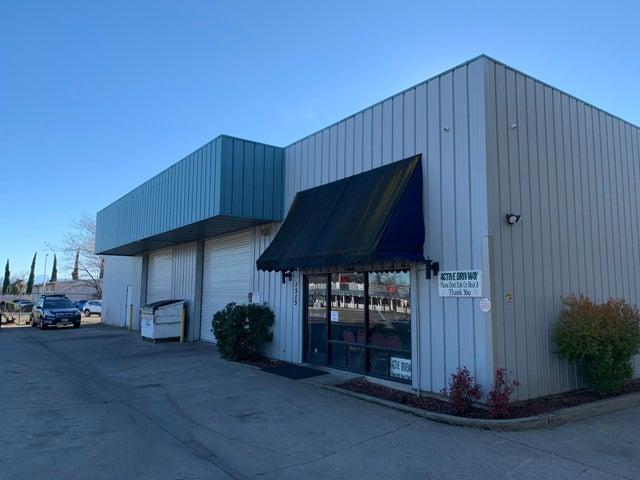 1515 Hartnell Ave, Redding, CA 96002