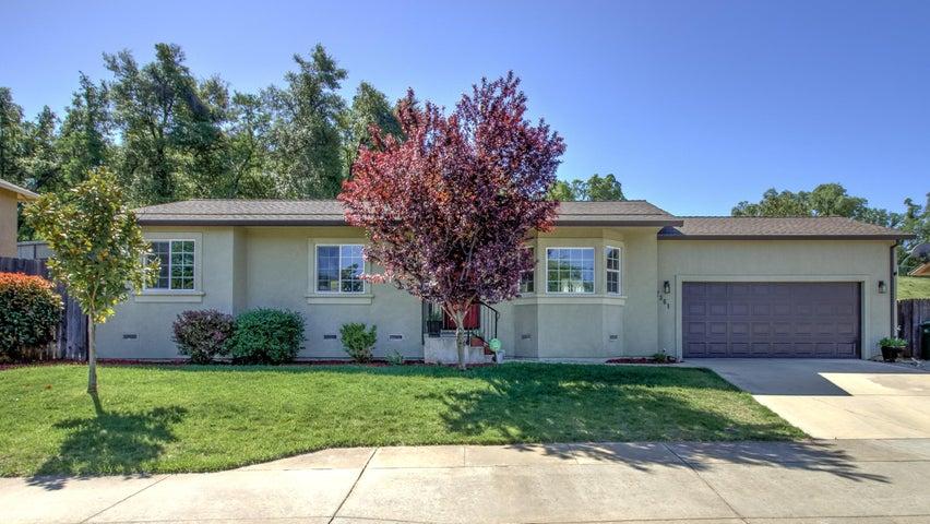 2361 Yellow Finch Way, Anderson, CA 96007