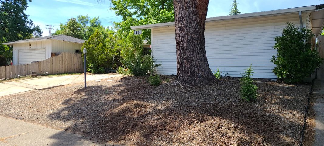 1640 Wisconsin Ave, Redding, CA 96001