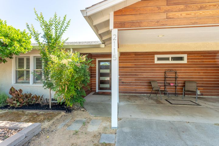 2115 Olive Ave, Redding, CA 96001