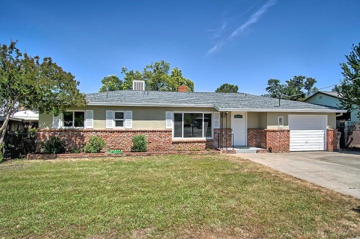 827 Ridge Rd, Redding, CA 96003