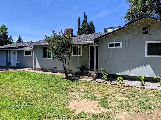 6738 E Waverly Ave, Redding, CA 96001