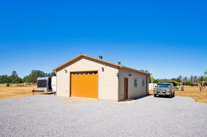 5120 Rancho Vista Way, Redding, CA 96002