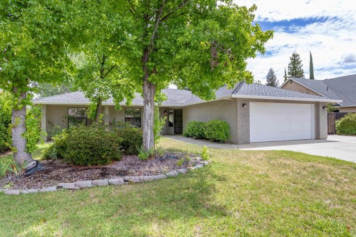 593 Armando Ave, Redding, CA 96003