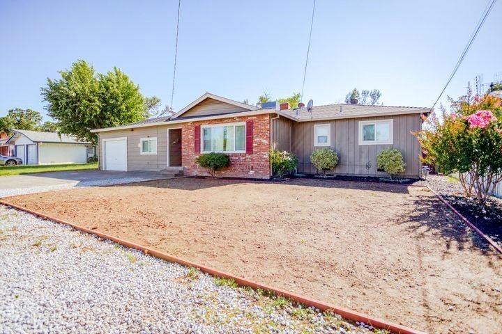 788 Ridge Rd, Redding, CA 96003