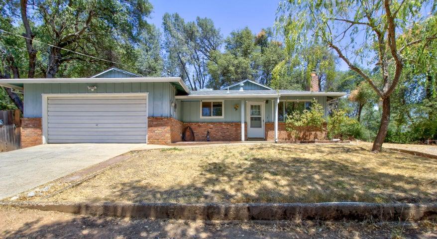 12717 Williamson Rd, Redding, CA 96003