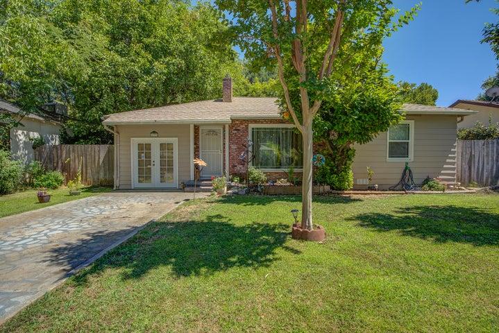 679 Coronado St, Redding, CA 96003