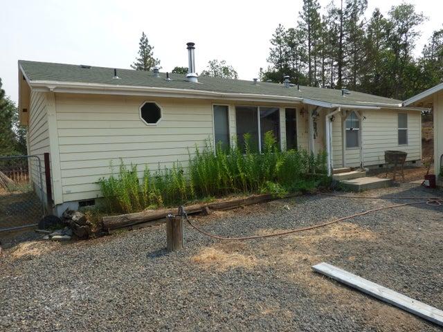 43100 Chaffey Ct, Fall River Mills, CA 96028