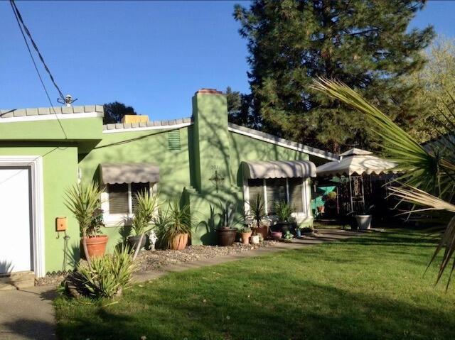 2031 Athens Ave, Redding, CA 96001