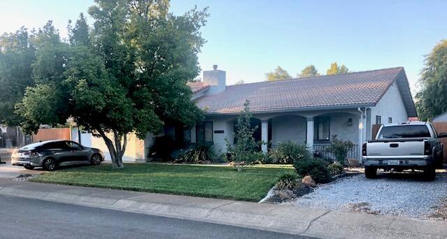 1650 Arroyo Manor Dr, Redding, CA 96003
