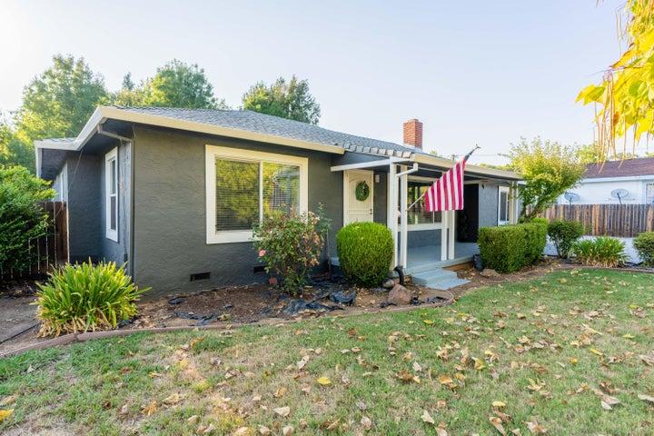 5146 E Bonnyview Rd, Redding, CA 96001