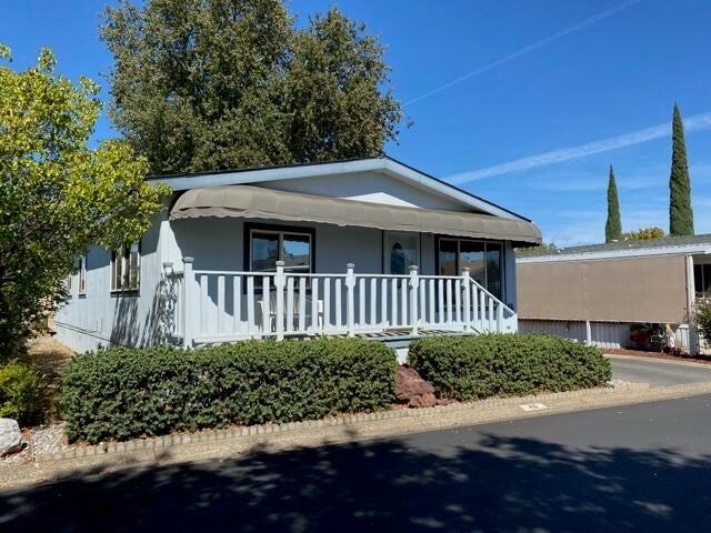 20350 Hole In One Dr 46, Fairway Oaks, Redding, CA 96002