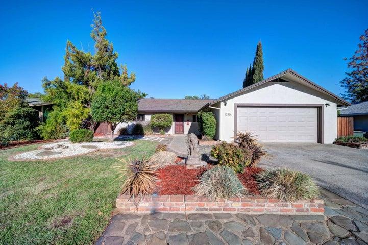 1335 Pleasant St, Redding, CA 96001