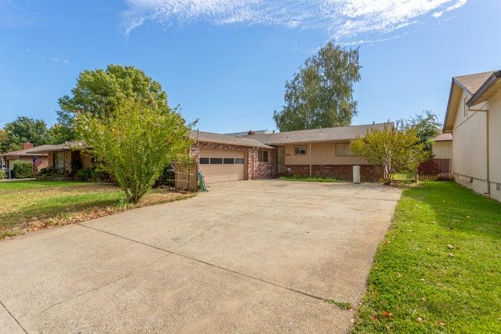 845 Loma St, Redding, CA 96003