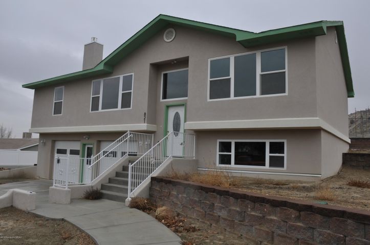 821 SAGUARO Street, BLOOMFIELD, NM 87413