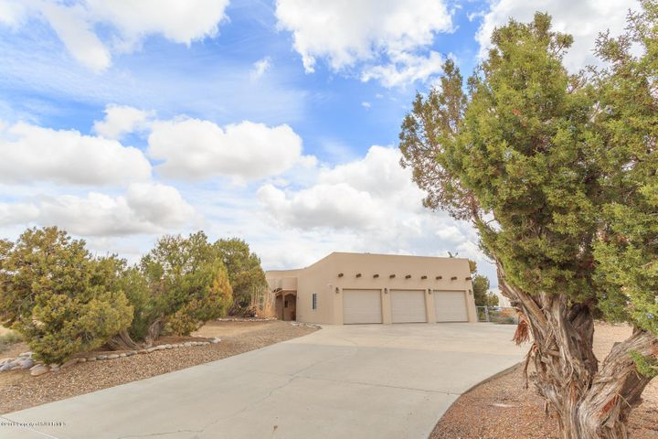 7100 DELLWOOD Court, FARMINGTON, NM 87402