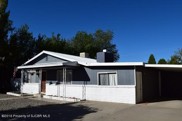 421 N 3RD Street, BLOOMFIELD, NM 87413