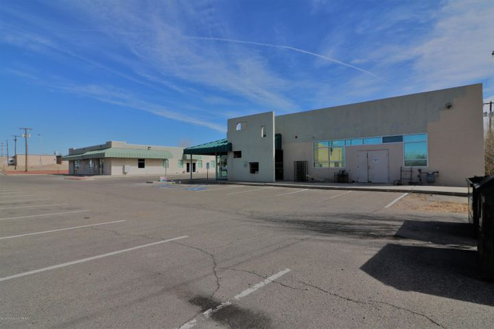 815 & 817 W BROADWAY, FARMINGTON, NM 87401