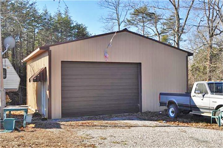 1895 Echo Point Road, Bronston, KY 42518
