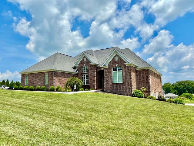 276 Clear Lake Drive, Somerset, KY 42503