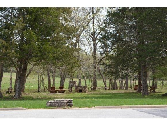 107  Seven Pines Drive Saddlebrooke, MO 65630